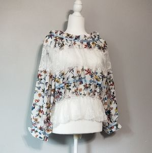 Womens floral and lace blouse size medium